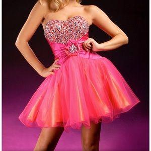 Party Time Formals Short Sweetheart Dress